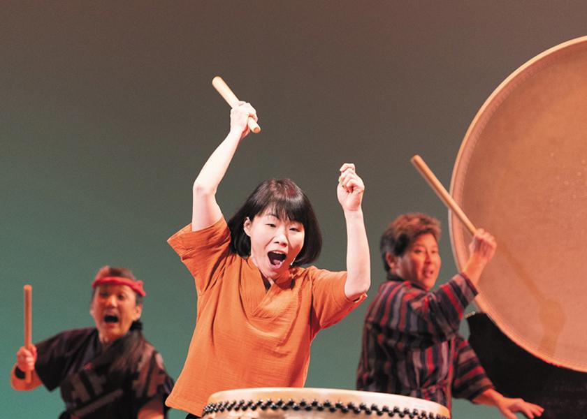 HerBeat taiko performance: Aki Takahashi (center)